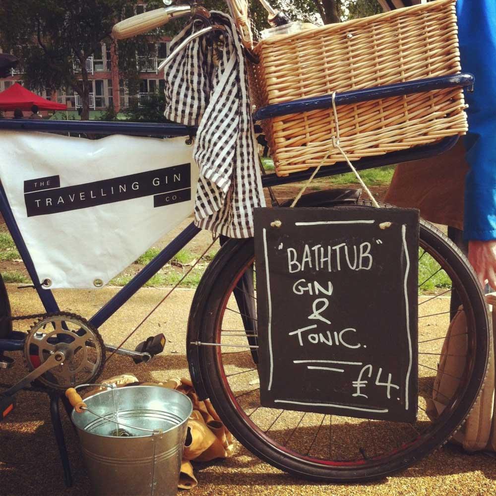 Il Gin Bar su bicicletta della The Travelling Gin Company