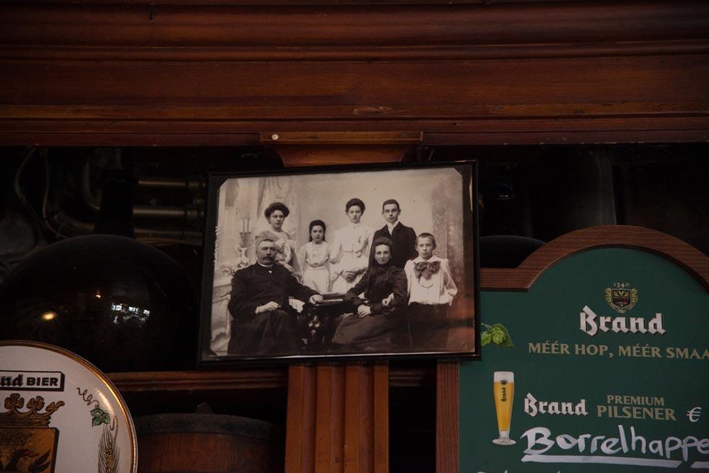 Una foto d'annata della famiglia Oosterling