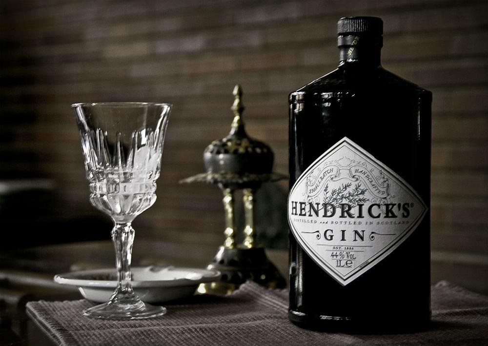 Hendrick's gin, brand non artigianale di successo che ha portato innovazione alla categoria