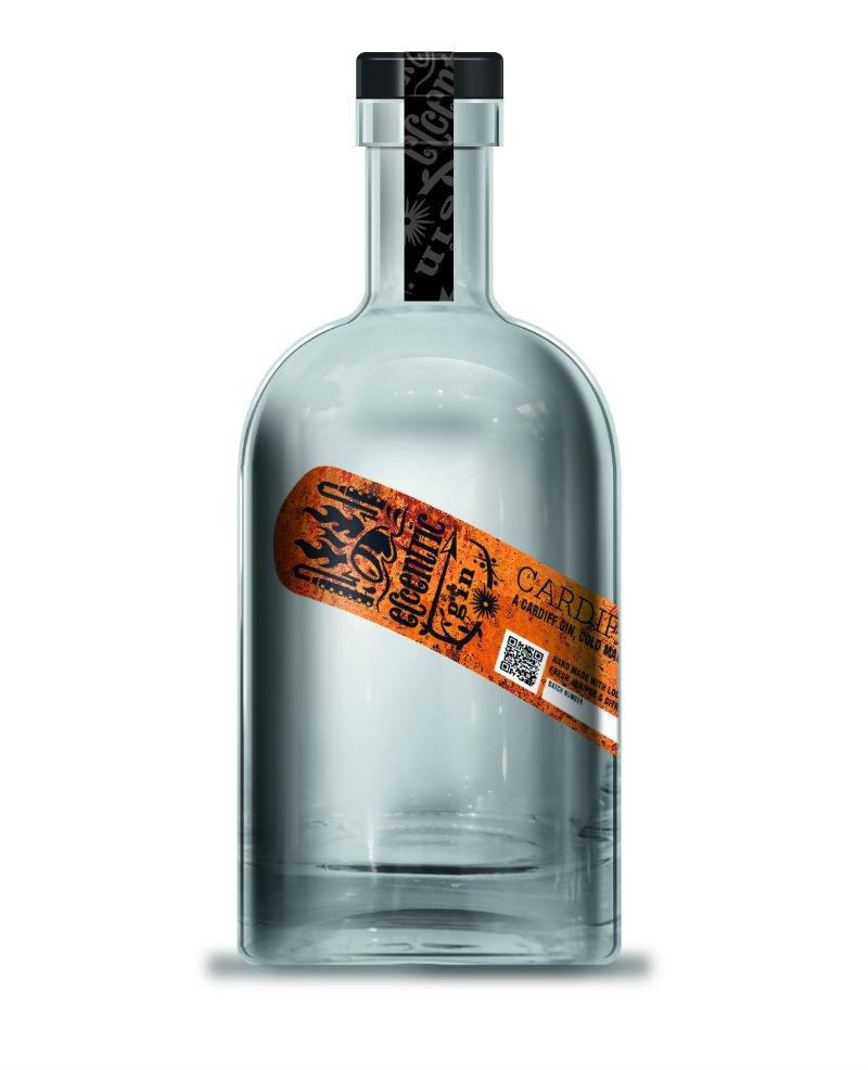 La bottiglia di Cardiff Dry Gin