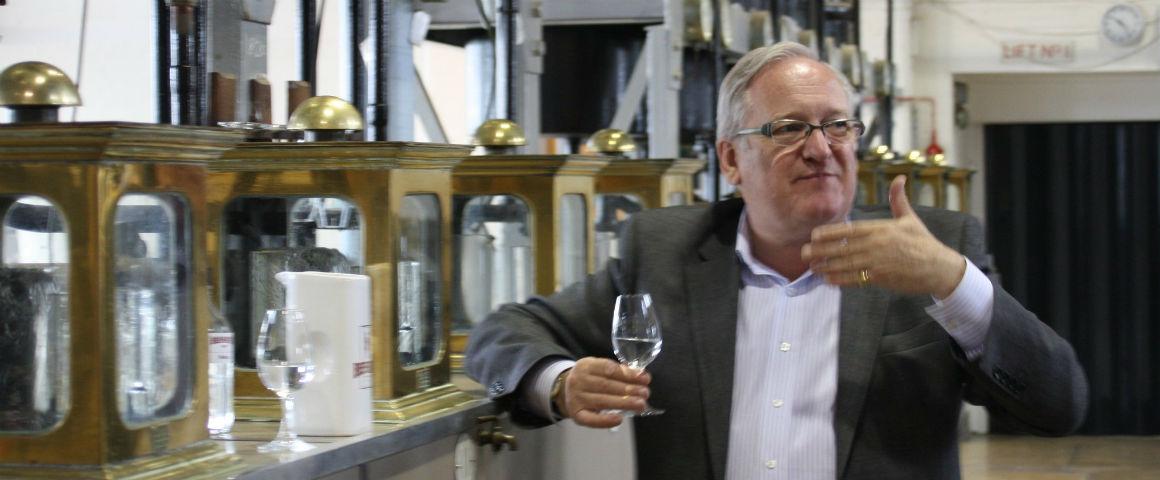 Premiato-Desmond-Payne-master-distiller-di-Beefeater