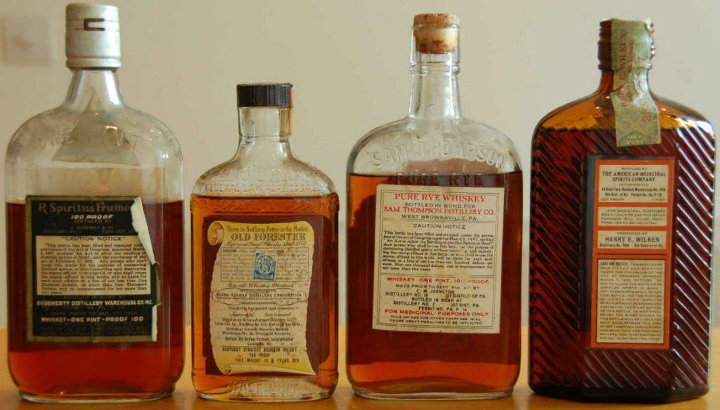 Per essere da collezione, una bottiglia deve essere perfetta dal punto di vista estetico: l'etichetta non deve essere strappata, per i vini deve sempre esserci l'anno, la chiusura deve essere integra