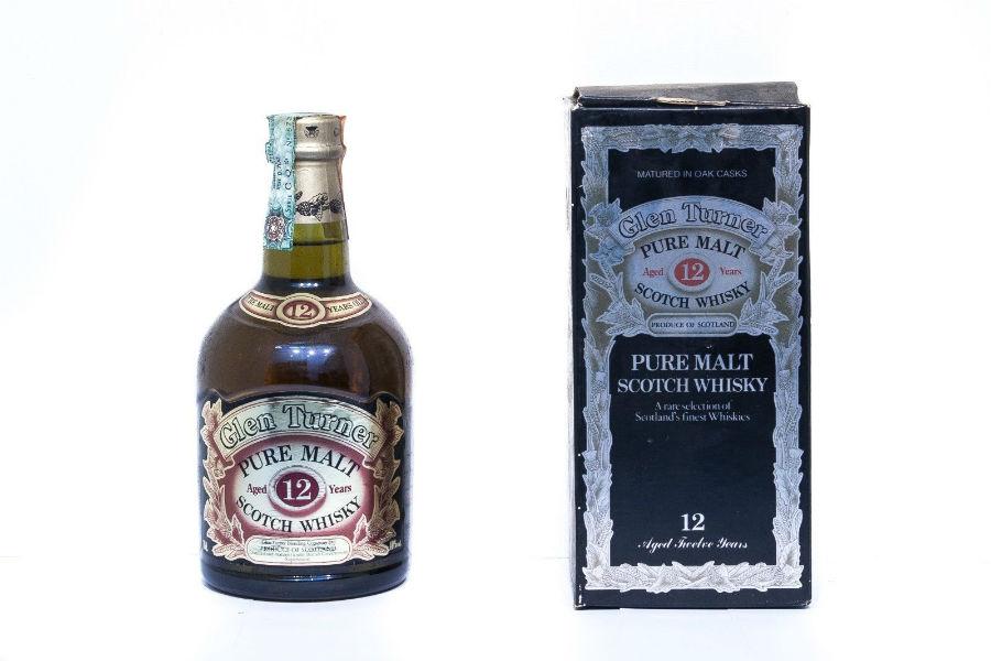 Le bottiglie di gin non sono così facili da trovare perchè andavano di moda i whisky