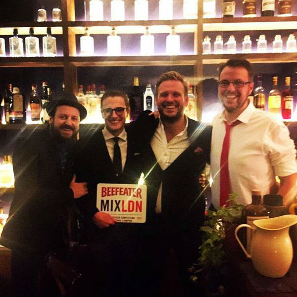 Joe Schofield, vincitore del Beefeater MIXLDN Competition