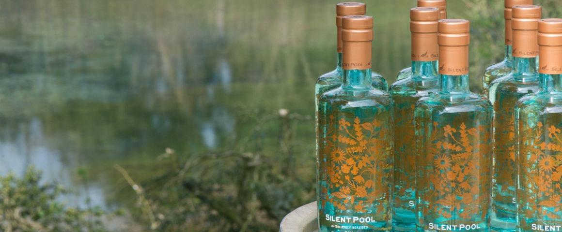 I-gin-del-Gin-Day-Silent-Pool-il-gin-a-kilometro-zero