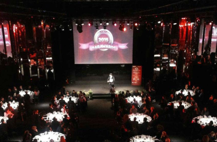 Un'immagina della serata di premiazione di Barawards