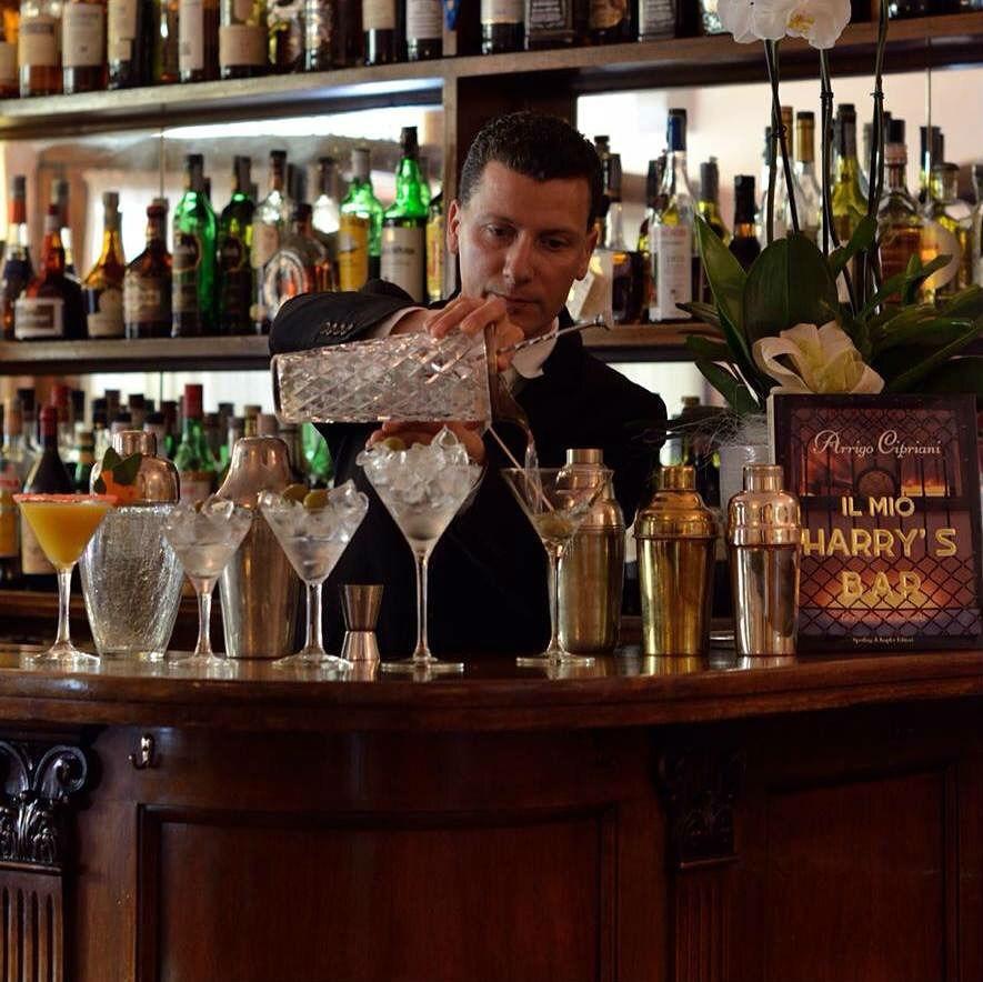 Thomas Martini al banco dell'Harry's Bar