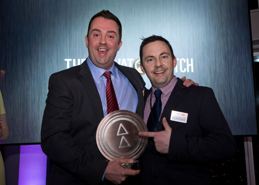 Tom Warner e Sion Edwards con il premio di Elevator Pitch