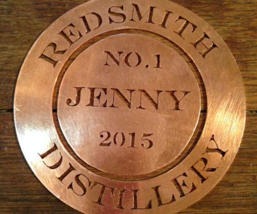 """La placca sull'alambicco """"Jenny"""" della Redsmith Distillery"""