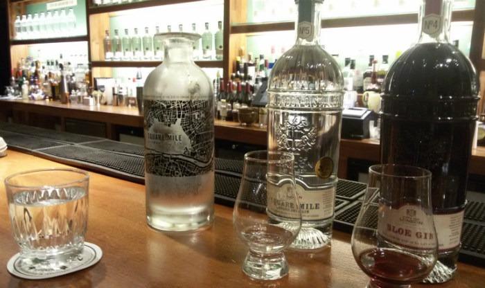 Square Mile Gin (bottiglia classica e da collezione) e City of London Sloe Gin