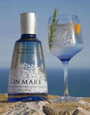 Gin Mare e il gin tonic con il rosmarino