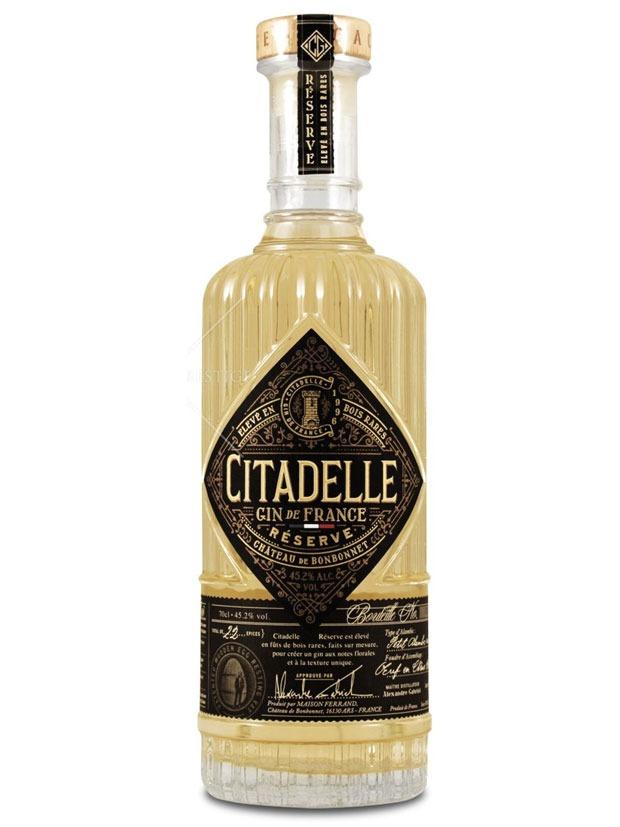 https://ilgin.it/wp-content/uploads/2017/02/citadelle-gin-reserve-bottiglia.jpg