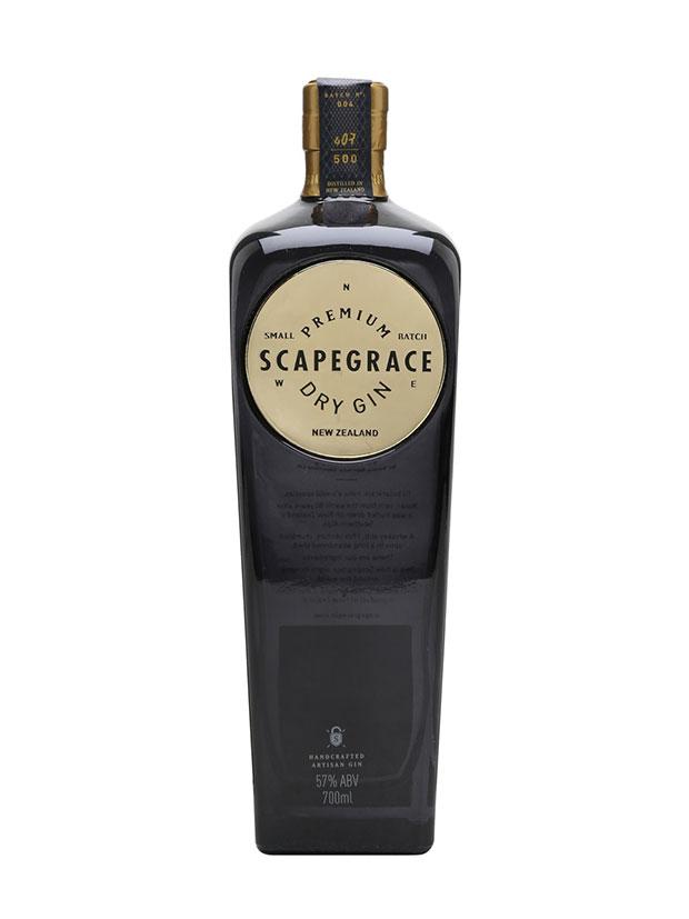 https://ilgin.it/wp-content/uploads/2018/07/Scapegrace-Gold-Gin-bottiglia.jpg