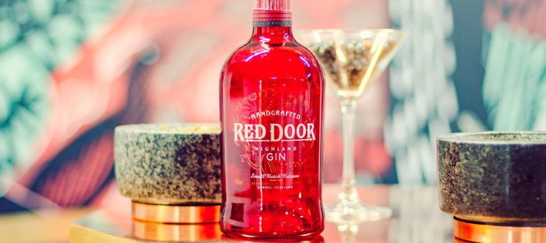 https://ilgin.it/wp-content/uploads/2021/01/gin-red-door.jpg